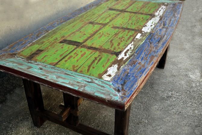 Tisch Varna