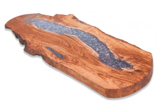 epoxy,harz.epoksidharz,kunstharz,vollholz,nachmass,massivholzmöbel,tische,kastanienholz