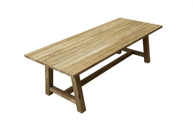 Gartentisch aus Massivholz